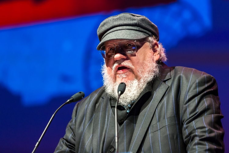 George_R.R._Martin,_presenting_award_the_Hugo_Award_Ceremony_2017,_Worldcon_in_Helsinki